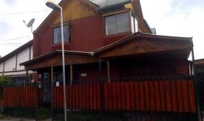 Casa en dos piso ubicación ideal